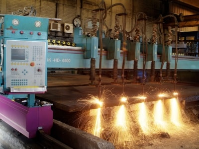 Mehrfach-Brennschneiden mit modernsten Anlagen